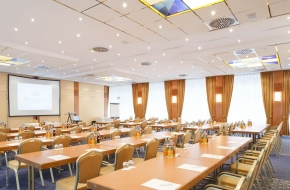 Oraniensaal als Tagungsraum und Veranstaltungsraum im Oranien Hotel & Residences Wiesbaden 3