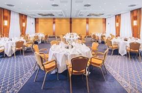Oraniensaal als festlicher Veranstaltungsraum im Oranien Hotel & Residences Wiesbaden