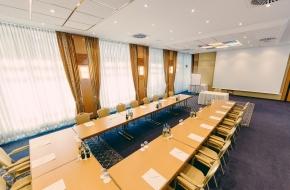 Oraniensaal als Tagungsraum und Veranstaltungsraum im Oranien Hotel & Residences Wiesbaden 2