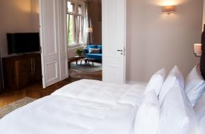 Schlafzimmer im Komfort Apartment im Oranien Hotel & Residences Wiesbaden 2