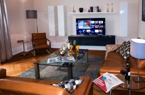Wohnzimmer im Superior Apartment im Oranien Hotel & Residences Wiesbaden