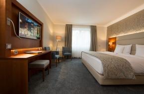 Komfort Doppelzimmer im Oranien Hotel & Residences Wiesbaden 4