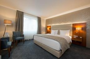 Komfort Doppelzimmer im Oranien Hotel & Residences Wiesbaden 5