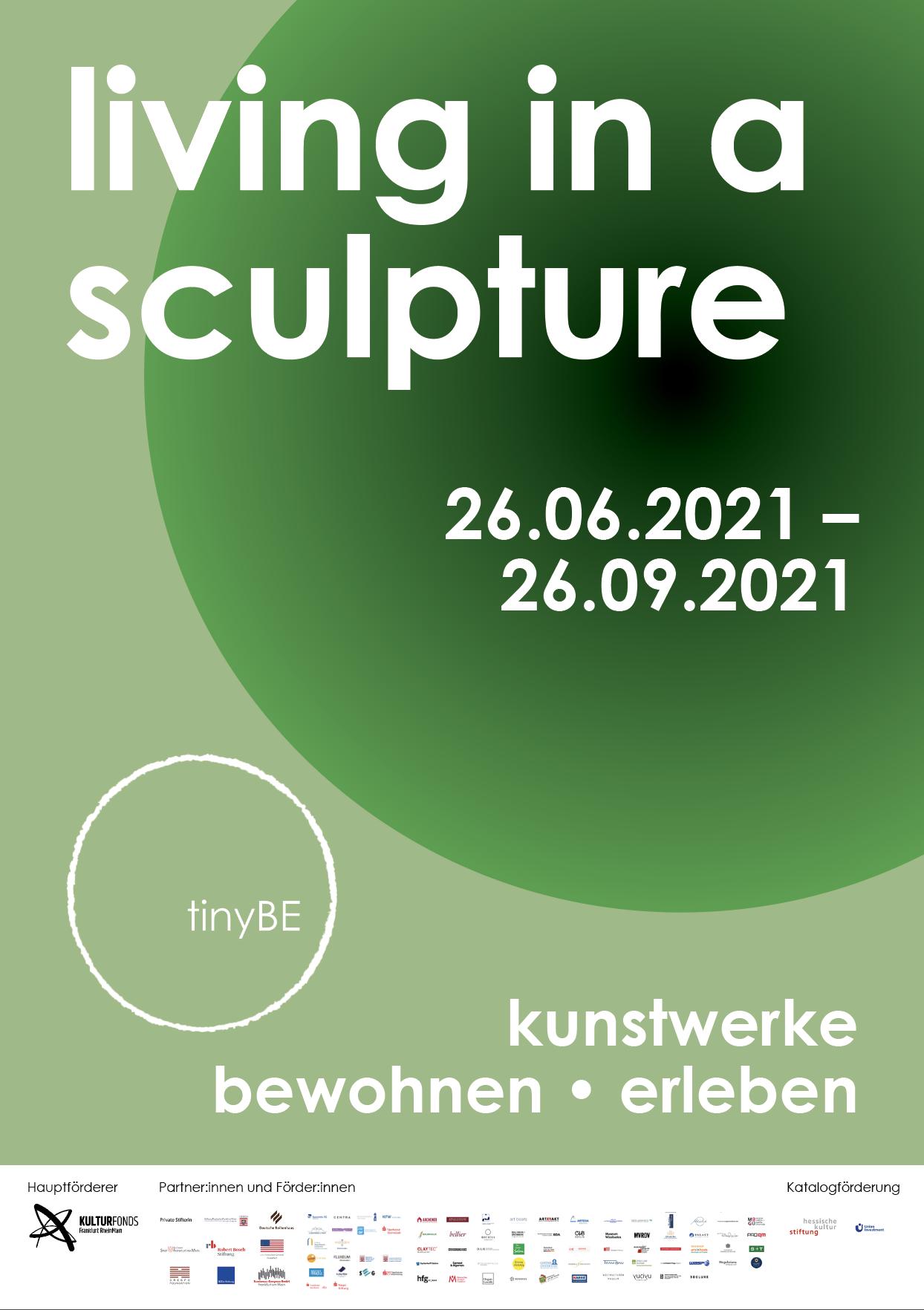 Ausstellungsplakat living in a sculpture